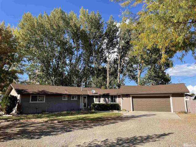 38 Willow, Yerington, NV 89447 (MLS #210015302) :: NVGemme Real Estate