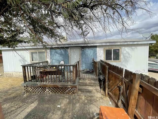 215 E Antelope, Battle Mountain, NV 89820 (MLS #210015447) :: NVGemme Real Estate
