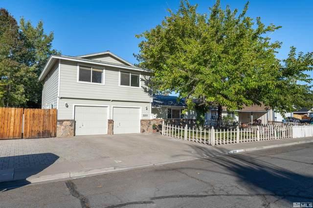 2201 Denevi Drive, Sparks, NV 89434 (MLS #210015570) :: NVGemme Real Estate