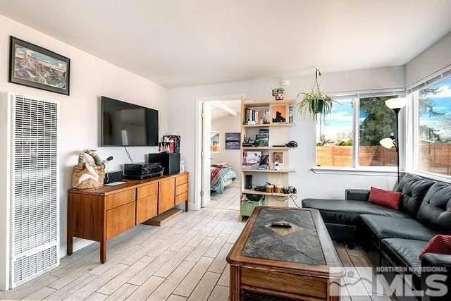 631 Casazza Drive, Reno, NV 89509 (MLS #210015580) :: Vaulet Group Real Estate