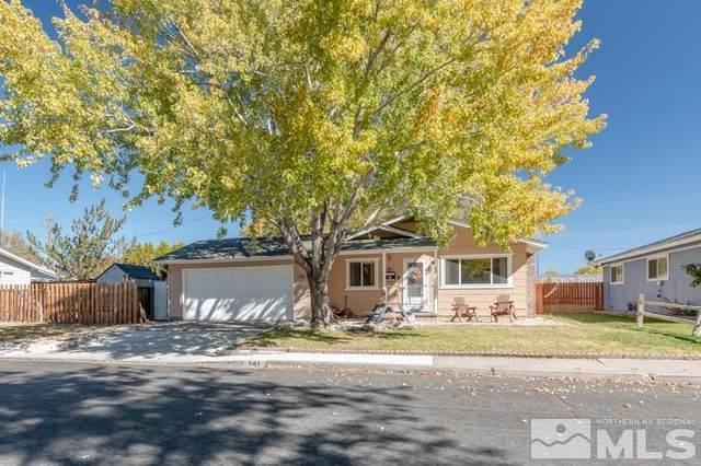 561 Elaine St, Carson City, NV 89701 (MLS #210015721) :: The Coons Team