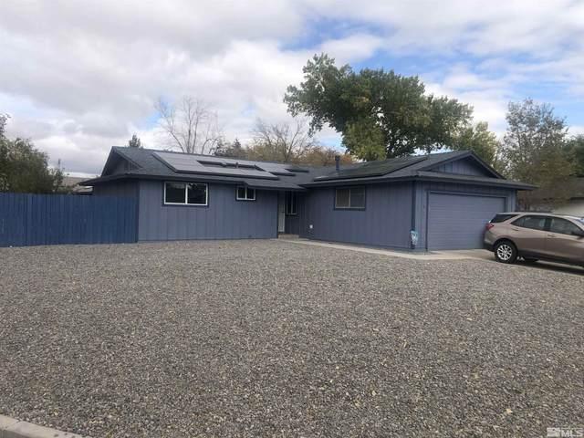 370 Sierra St., Fernley, NV 89408 (MLS #210015854) :: Chase International Real Estate