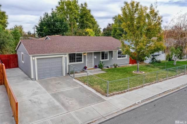 560 Tasker Way, Sparks, NV 89431 (MLS #210015862) :: NVGemme Real Estate