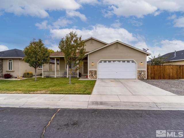524 Wedge Ln, Fernley, NV 89408 (MLS #210015933) :: NVGemme Real Estate