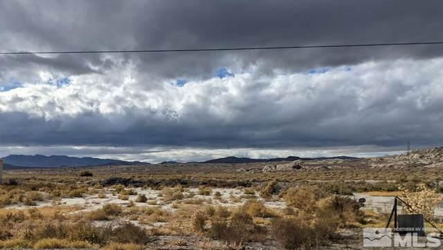 325 Lone Mountain Road, Lovelock, NV 89419 (MLS #210016052) :: NVGemme Real Estate