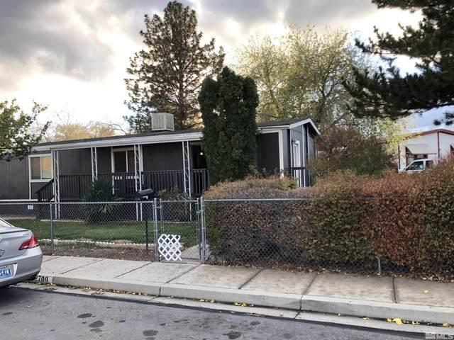 2700 Sneddon Way, Carson City, NV 89706 (MLS #210016109) :: NVGemme Real Estate