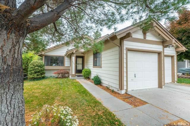 4030 Riverhaven Dr, Reno, NV 89519 (MLS #210016116) :: NVGemme Real Estate