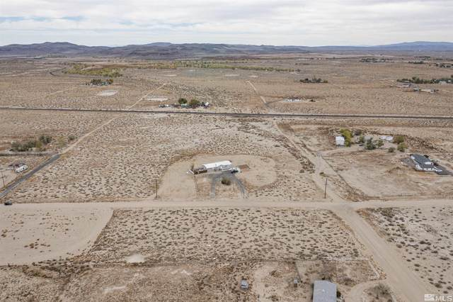 1655 E Banner, Silver Springs, NV 89429 (MLS #210016125) :: The Coons Team