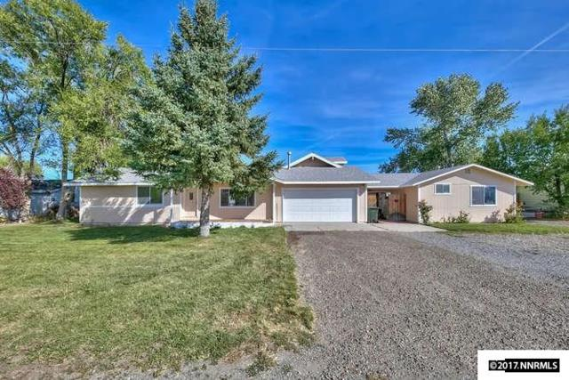 1408 Selkirk Circle, Gardnerville, NV 89460 (MLS #170013949) :: Chase International Real Estate