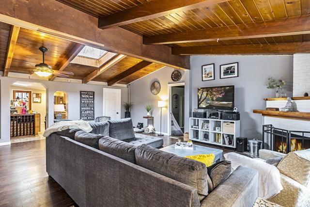 701 Stoker Avenue, Reno, NV 89503 (MLS #190001976) :: NVGemme Real Estate
