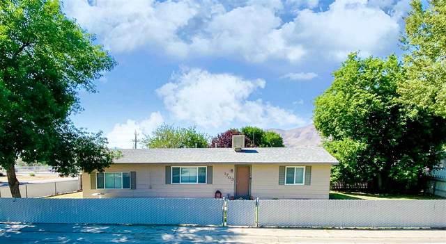 1703 Pearce St, Winnemucca, NV 89445 (MLS #200012143) :: NVGemme Real Estate