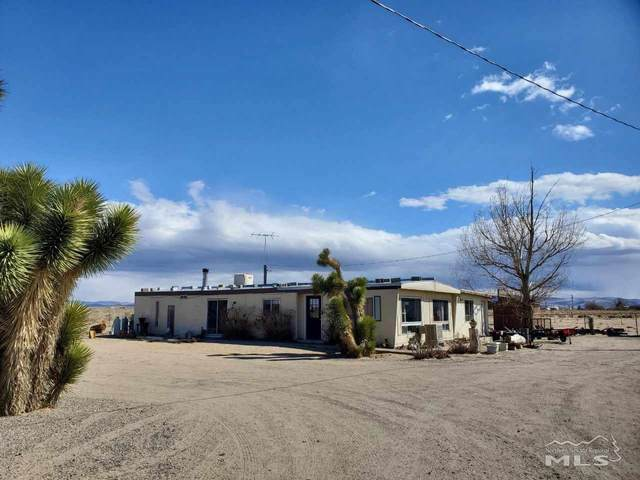 1375 E Fir Ave, Silver Springs, NV 89429 (MLS #210003903) :: The Mike Wood Team