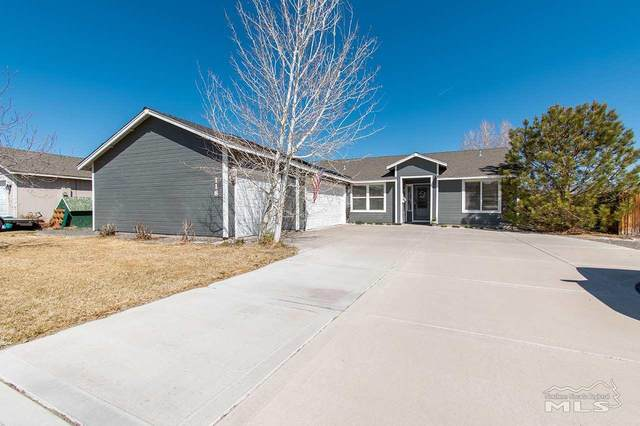 118 Shadow Mountain Drive, Fernley, NV 89408 (MLS #210004866) :: Theresa Nelson Real Estate