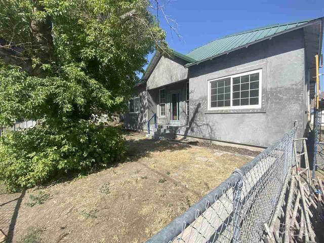 428 W Sixth St, Winnemucca, NV 89445 (MLS #210008812) :: NVGemme Real Estate