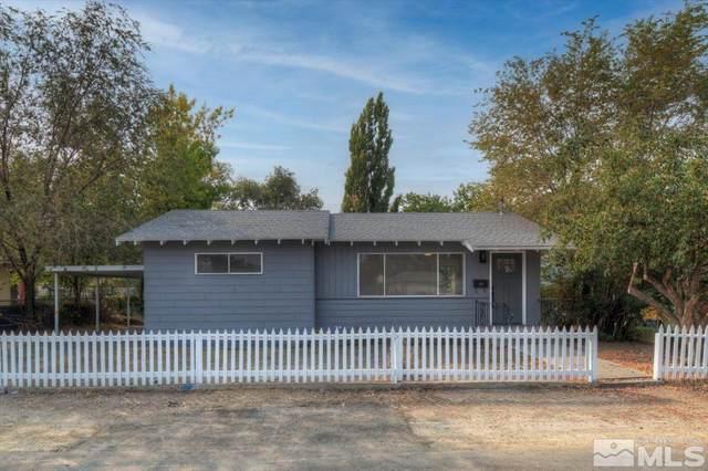 215 Van Ness, Yerington, NV 89447 (MLS #210014886) :: Chase International Real Estate