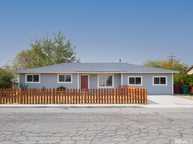 332 Sixth St, Fernley, NV 89408 (MLS #210014903) :: NVGemme Real Estate