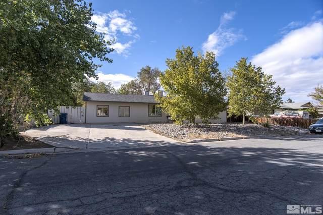 350 Sycamore St., Fernley, NV 89408 (MLS #210015498) :: NVGemme Real Estate