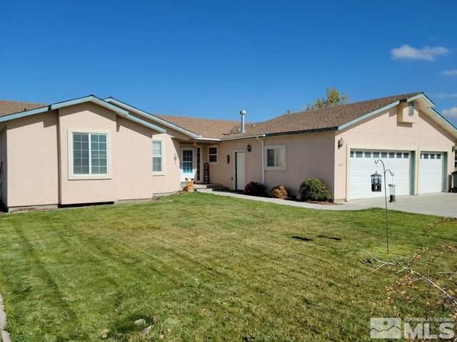 4635 Aurora Ave, Winnemucca, NV 89445 (MLS #210015725) :: NVGemme Real Estate