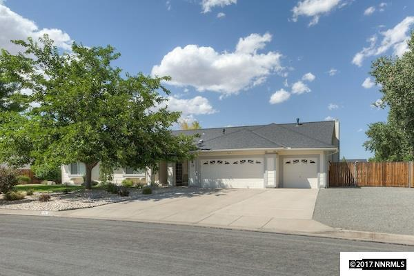 25 Bridle Path Terrace, Sparks, NV 89441 (MLS #170011985) :: The Mike Wood Team