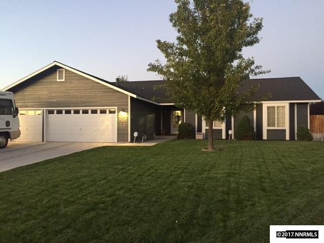 805 Lark, Fernley, NV 89408 (MLS #170013927) :: Chase International Real Estate