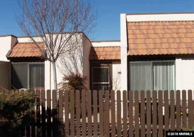1011 Baywood Drive D, Sparks, NV 89434 (MLS #180014015) :: Chase International Real Estate
