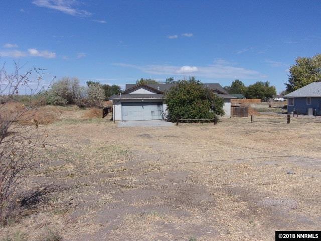 525 Drumm Lane, Fallon, NV 89406 (MLS #180016549) :: NVGemme Real Estate