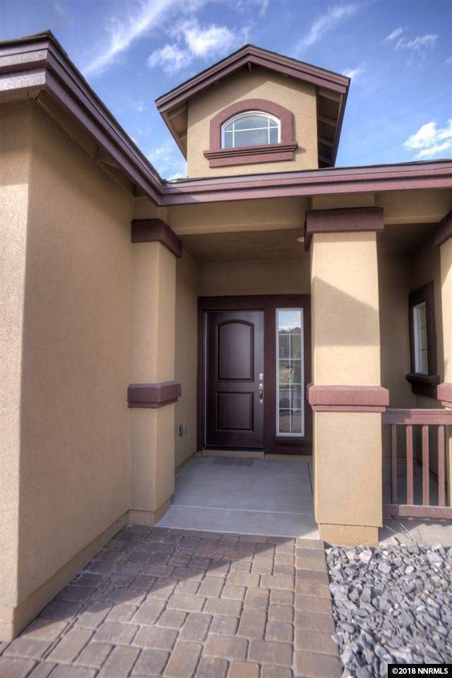 1179 Jasmine Ln, Fernley, NV 89408 (MLS #180016968) :: NVGemme Real Estate