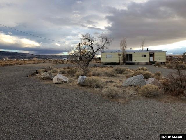 1325 E 6th, Silver Springs, NV 89429 (MLS #180017478) :: NVGemme Real Estate