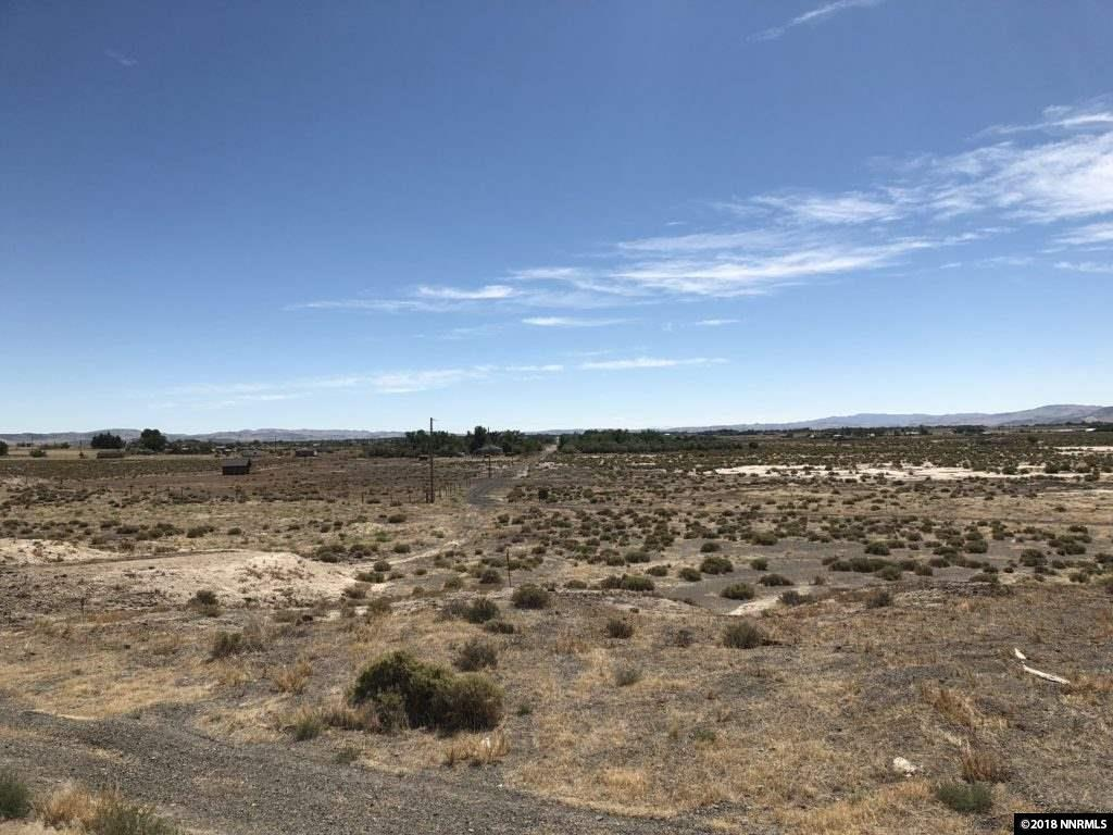 8750 Us Highway 95A - Photo 1