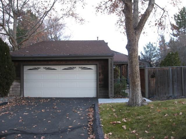 682 W Riverview Circle, Reno, NV 89509 (MLS #190000600) :: Mike and Alena Smith | RE/MAX Realty Affiliates Reno
