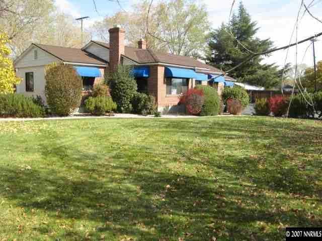 1121 University Ter, Reno, NV 89503 (MLS #190001849) :: Ferrari-Lund Real Estate