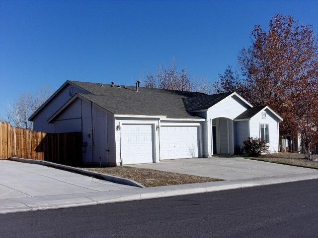 1050 Rimfield, Fernley, NV 89408 (MLS #190001872) :: Harcourts NV1