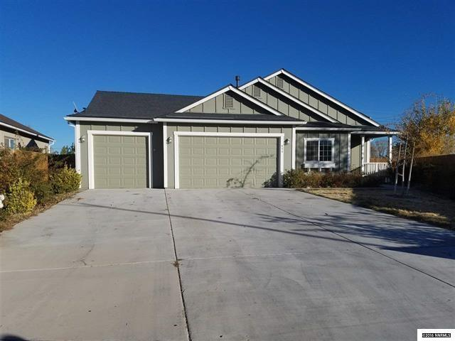 800 Canary, Fernley, NV 89408 (MLS #190001908) :: The Mike Wood Team