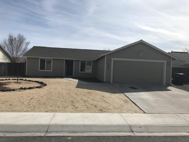 121 Shadow Mountain Drive, Fernley, NV 89408 (MLS #190003183) :: Harcourts NV1