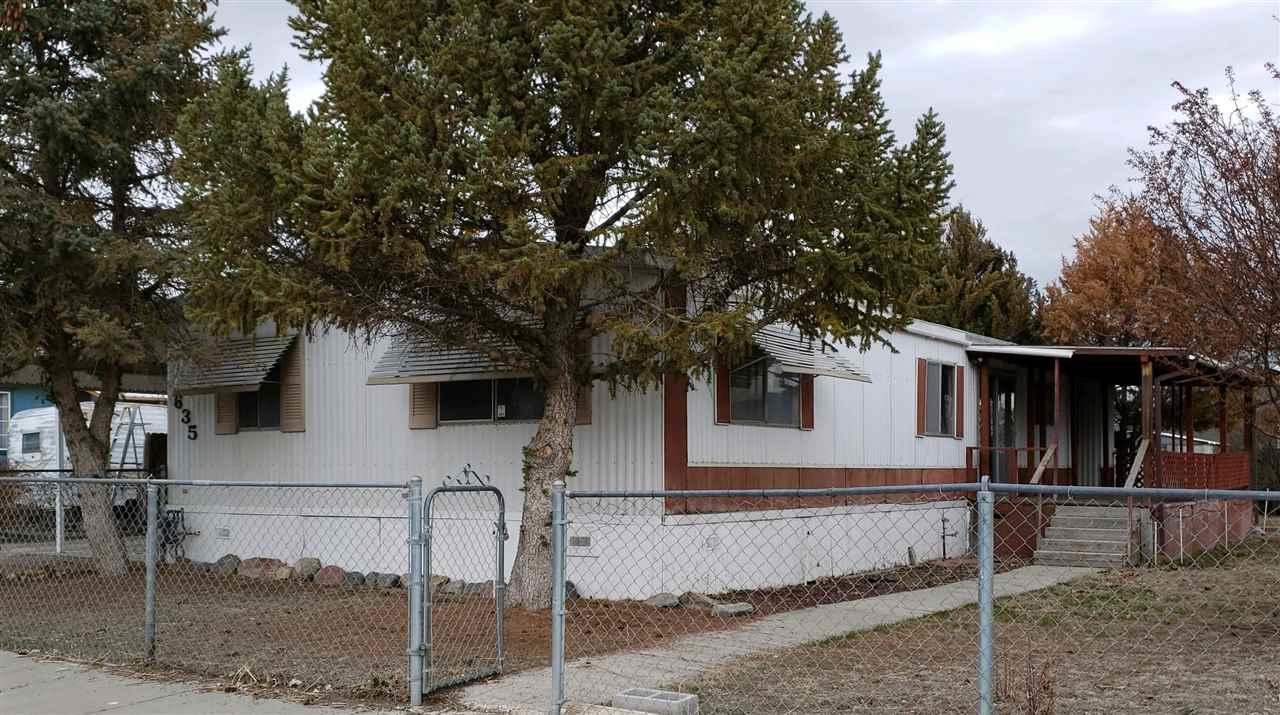 635 Oak Court - Photo 1