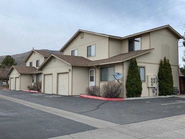 4652 Oak St., Carson City, NV 89701 (MLS #190004574) :: Theresa Nelson Real Estate