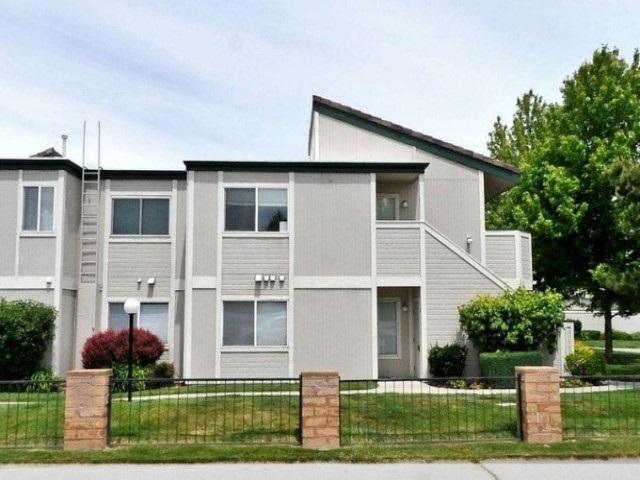 2673 Sycamore Glen #3, Sparks, NV 89434 (MLS #190005161) :: Joshua Fink Group