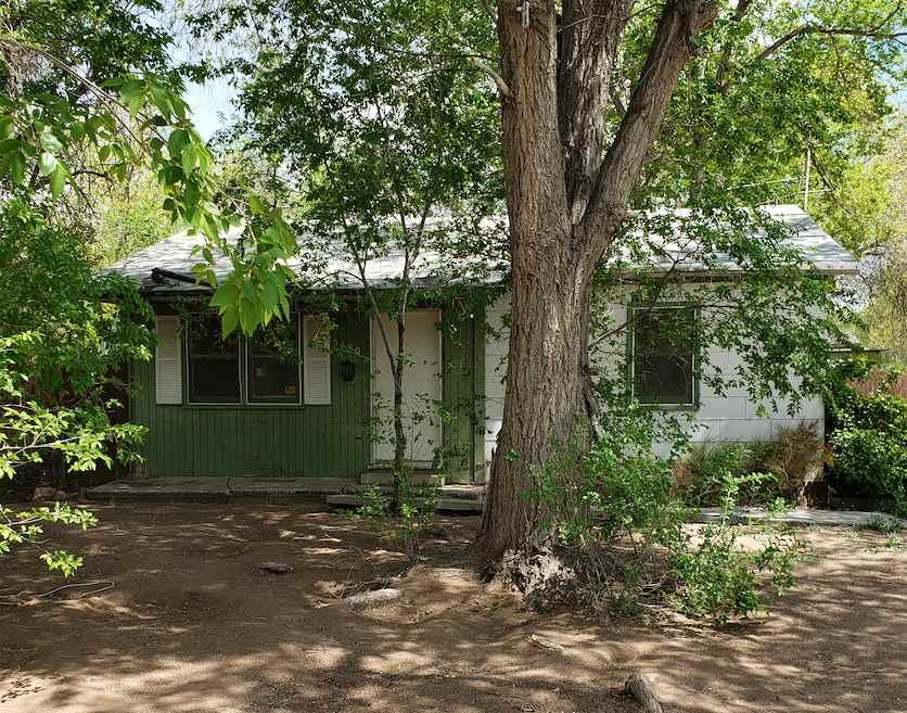 5480 Lupin Dr - Photo 1