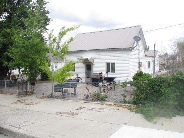 423 Pavilion Street, Winnemucca, NV 89445 (MLS #190007244) :: The Mike Wood Team