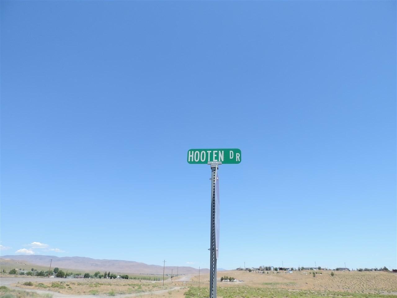 1390 Hooten Rd - Photo 1