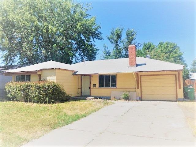 2 E Greenbrae, Sparks, NV 89431 (MLS #190011130) :: NVGemme Real Estate