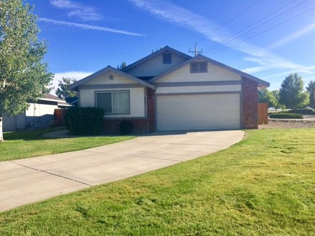 1098 Alyssum Court, Minden, NV 89423 (MLS #190011168) :: Mendez Home Team