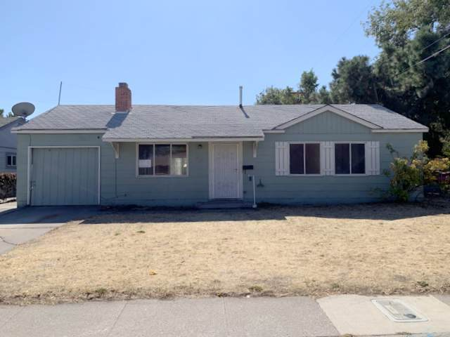 705 L Street, Sparks, NV 89431 (MLS #190015616) :: NVGemme Real Estate