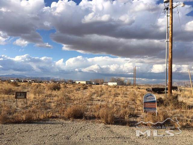 9 Wyonna Way, Yerington, NV 89447 (MLS #190017901) :: Ferrari-Lund Real Estate