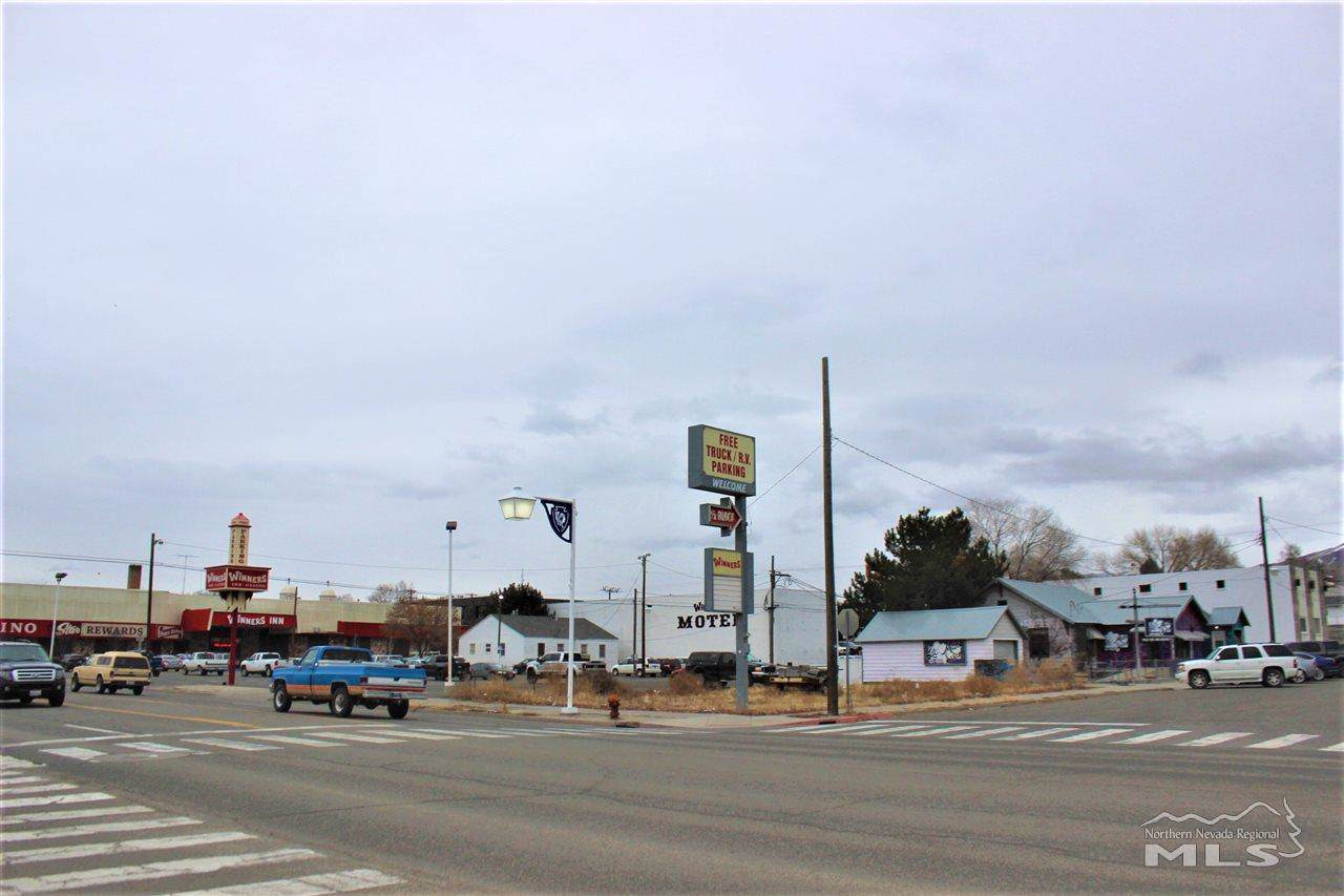 251 Winnemucca Blvd - Photo 1