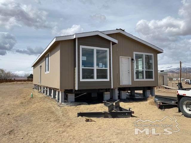 3913 Amber Street, Silver Springs, NV 89429 (MLS #200003603) :: Ferrari-Lund Real Estate
