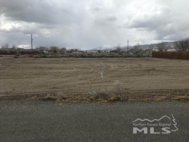 15 & 17 Calico Hills, Yerington, NV 89447 (MLS #200003961) :: Ferrari-Lund Real Estate