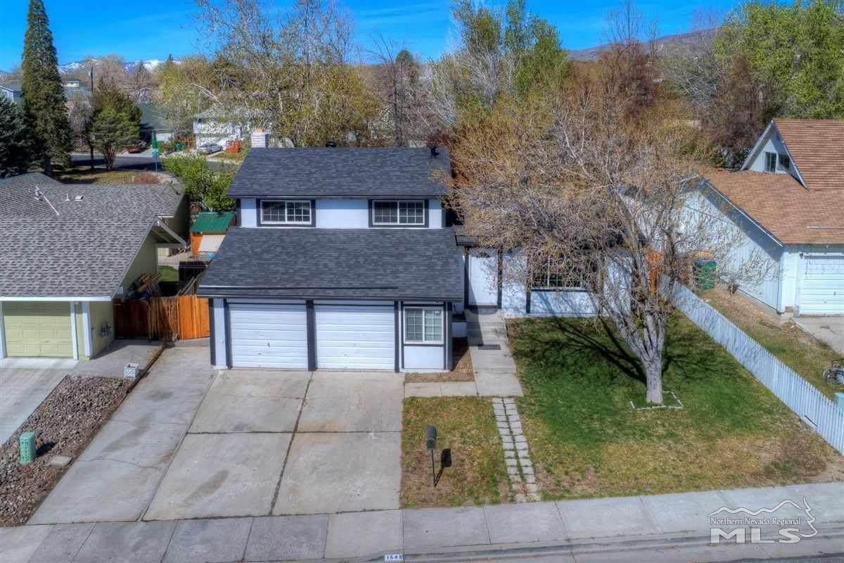 1645 Wyoming Ave - Photo 1