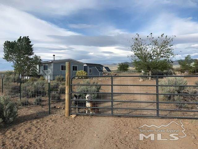 2791 Fence Line Road, Gardnerville, NV 89410 (MLS #200006937) :: Fink Morales Hall Group