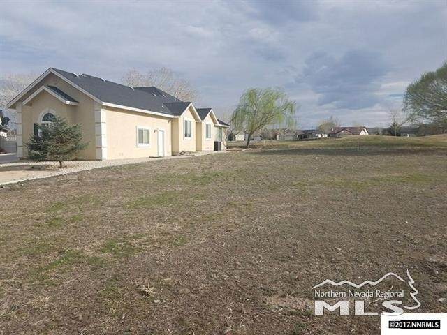 1803 Randy Court, Fernley, NV 89408 (MLS #200008029) :: Chase International Real Estate